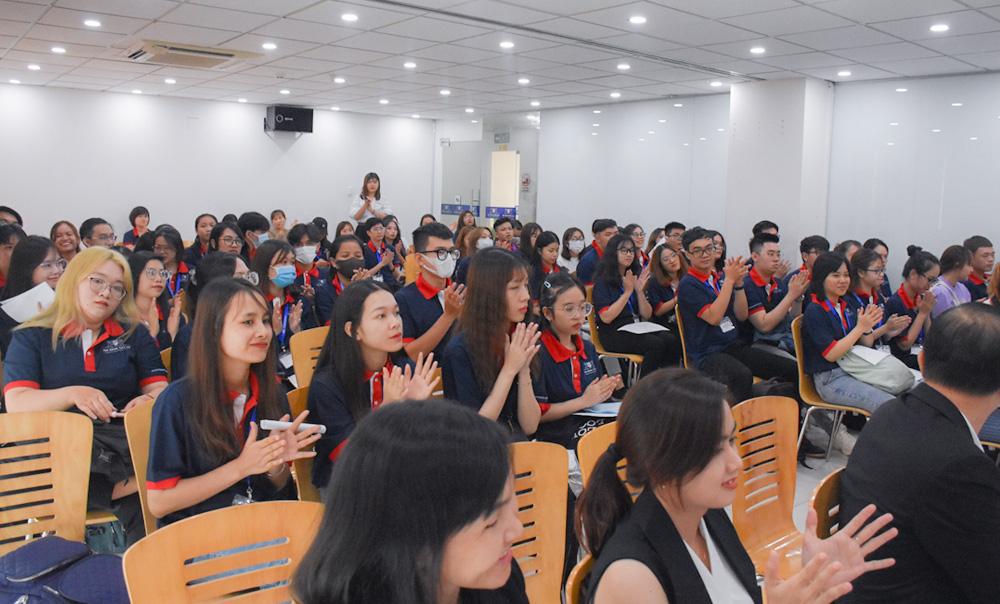 Tập đoàn SonKim Retail tuyển dụng SV tại lễ khai giảng Trường Cao đẳng Việt Mỹ - Ảnh 3.