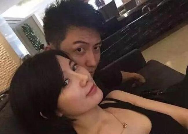 Sự thật vợ cũ Hoàng Cảnh Du ngoại tình khiến vợ cũ trầm cảm, tự tử? - Ảnh 1.