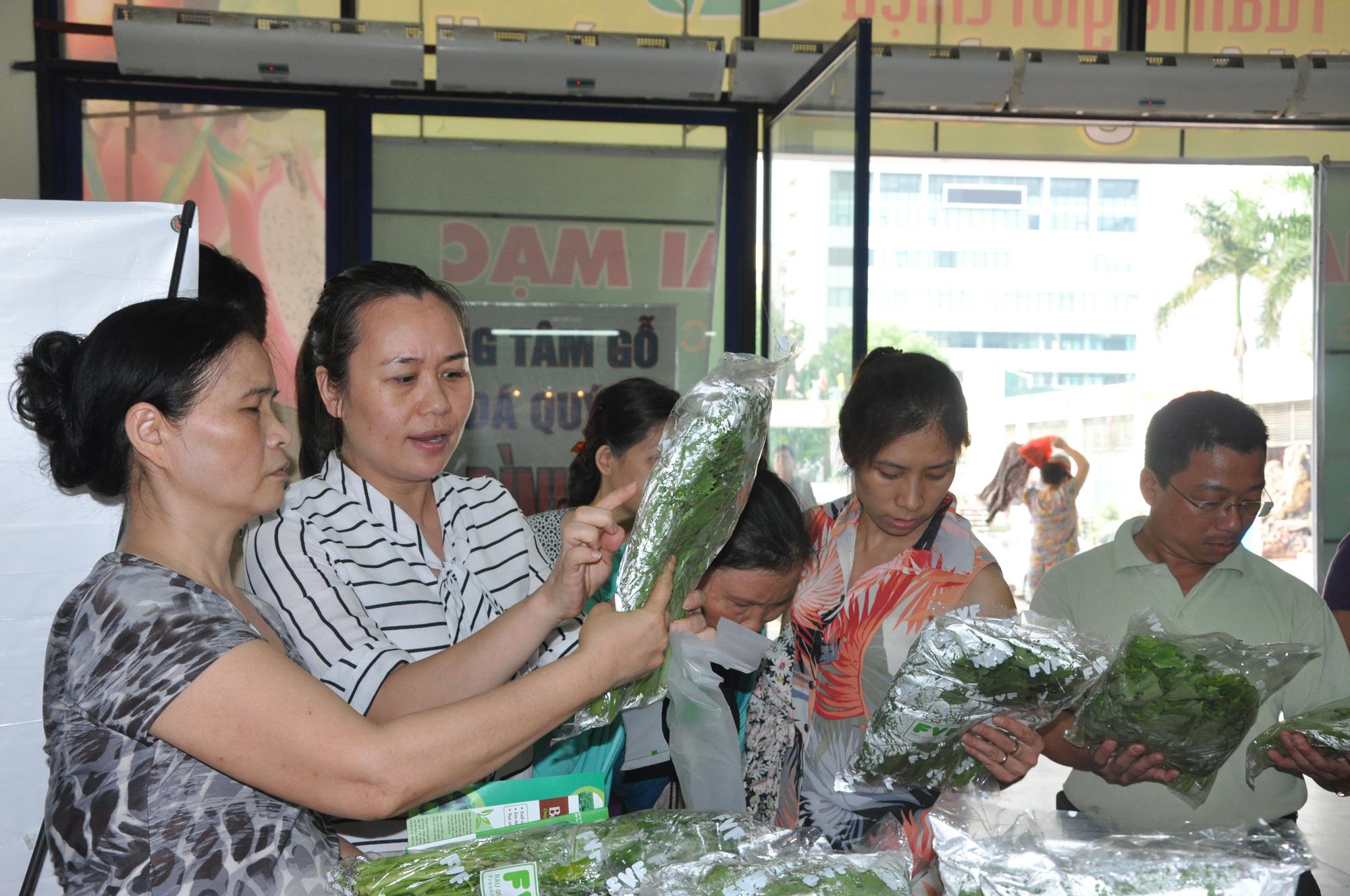 Kết nối công nghệ giúp sản xuất, tiêu thụ nông sản Thủ đô - Ảnh 1.