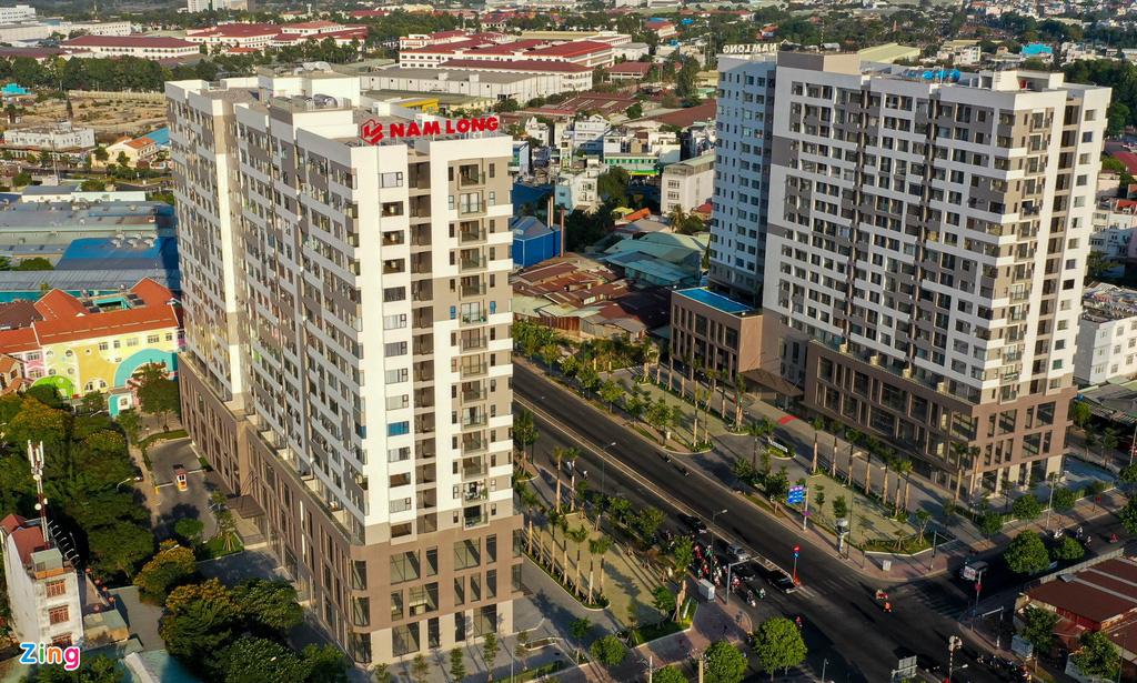 Nhà đầu tư ngoại tăng gom bất động sản Việt - Ảnh 2.