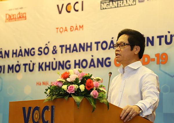 Vụ trưởng Vụ Thanh toán Phạm Tiến Dũng tiết lộ lý do Mobile Banking Việt Nam không thua kém Mỹ - Ảnh 1.