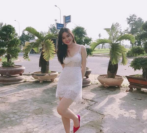 Đứng tim vì nhan sắc 'vạn người mê' của nữ kỳ thủ xinh nhất Việt Nam - Ảnh 3.