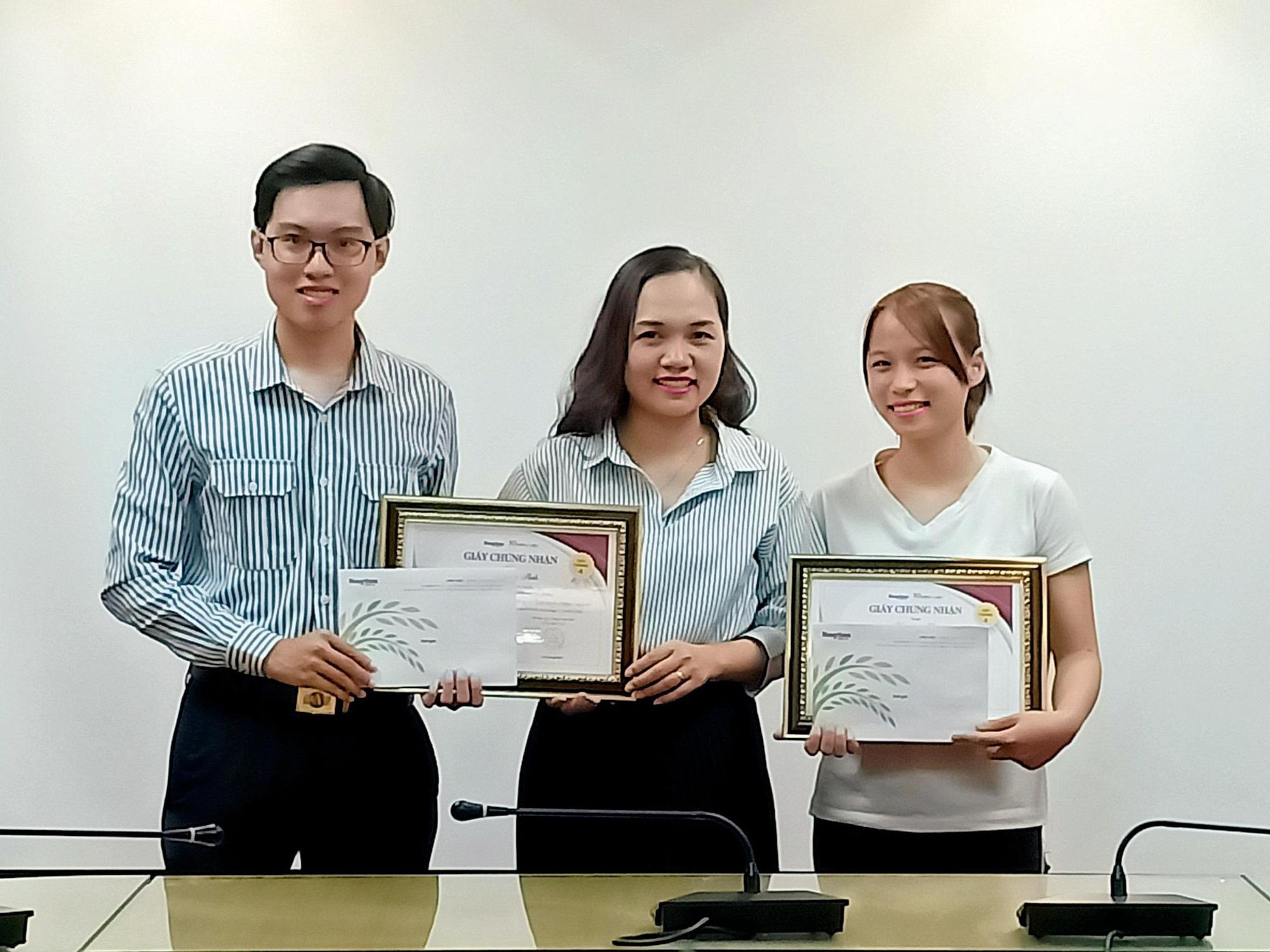 Trao giải cuộc thi Làm báo cùng Dân Việt tháng 4/2020 - Ảnh 1.