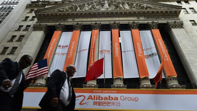 Thị trường chứng khoán: mặt trận mới của căng thẳng Mỹ Trung - Ảnh 1.