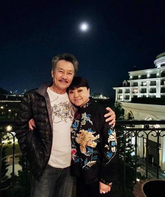 """Tuổi 65, danh ca Hương Lan đáp trả """"cực gắt"""" khi bị """"soi"""" ảnh hiếm hoi mặc bikini quyến rũ - Ảnh 4."""