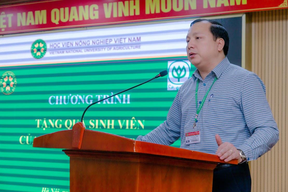 Học viện Nông nghiệp Việt Nam phối hợp với C.P tặng quà cho sinh viên khó khăn do Covid-19 - Ảnh 2.