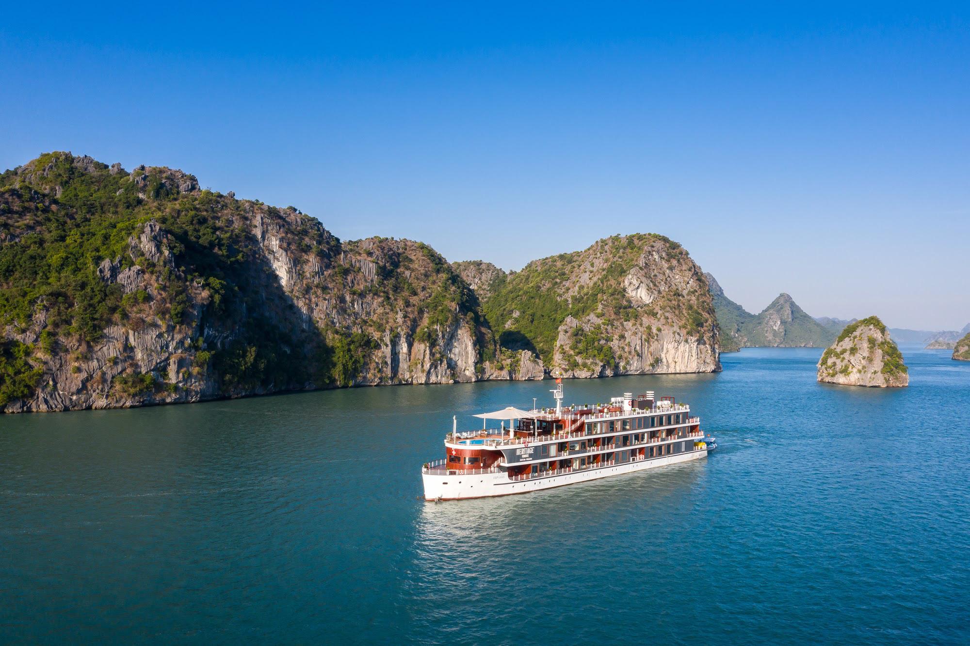 10 điều chưa biết về vịnh Lan Hạ - một trong những vịnh đẹp nhất thế giới - Ảnh 1.
