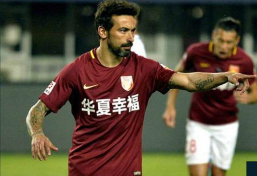 """Hưởng """"núi tiền"""" ở Trung Quốc, các sao bóng đá thế giới nói gì? - Ảnh 5."""