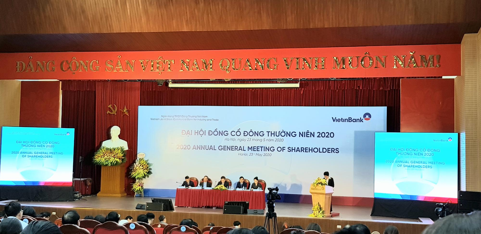 Chủ tịch Vietinbank đề nghị giữ lại lợi nhuận hoặc chia cổ tức bằng cổ phiếu, chưa tiết lộ mục tiêu lợi nhuận - Ảnh 1.