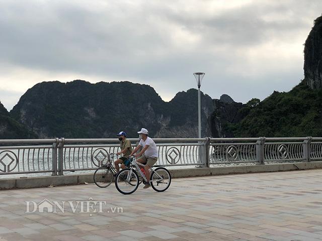 Thủ tướng cắt băng khánh thành đường bao biển bên bờ vịnh Hạ Long - Ảnh 4.
