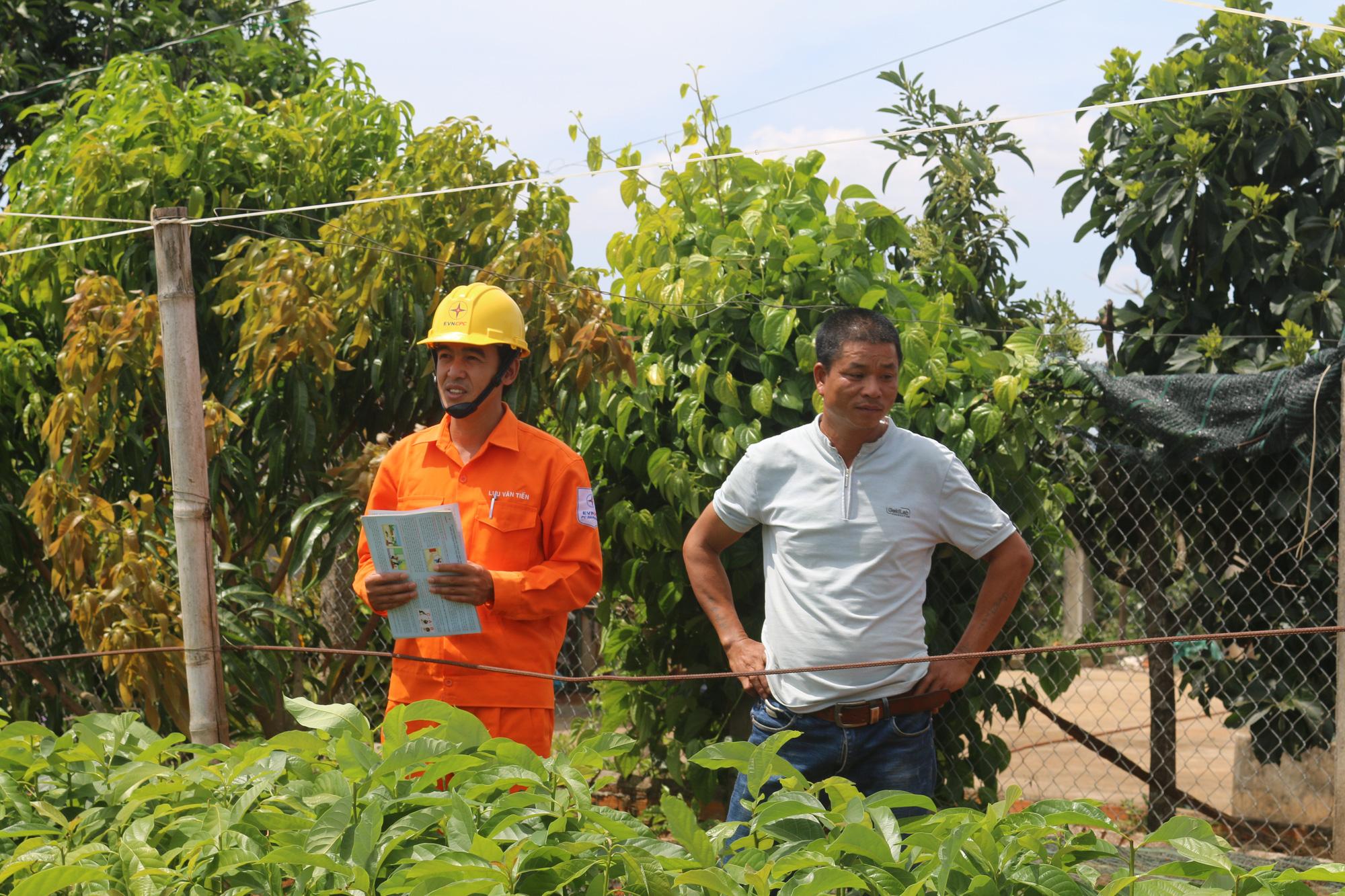 Đắk Nông: Chung tay tiết kiệm điện mùa nắng nóng - Ảnh 1.
