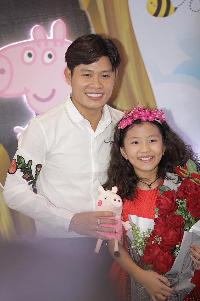 """Nhạc sĩ Nguyễn Văn Chung lập kỷ lục sáng tác 300 bài hát thiếu nhi sau""""Nhật ký của mẹ"""" nổi tiếng thế giới - Ảnh 3."""