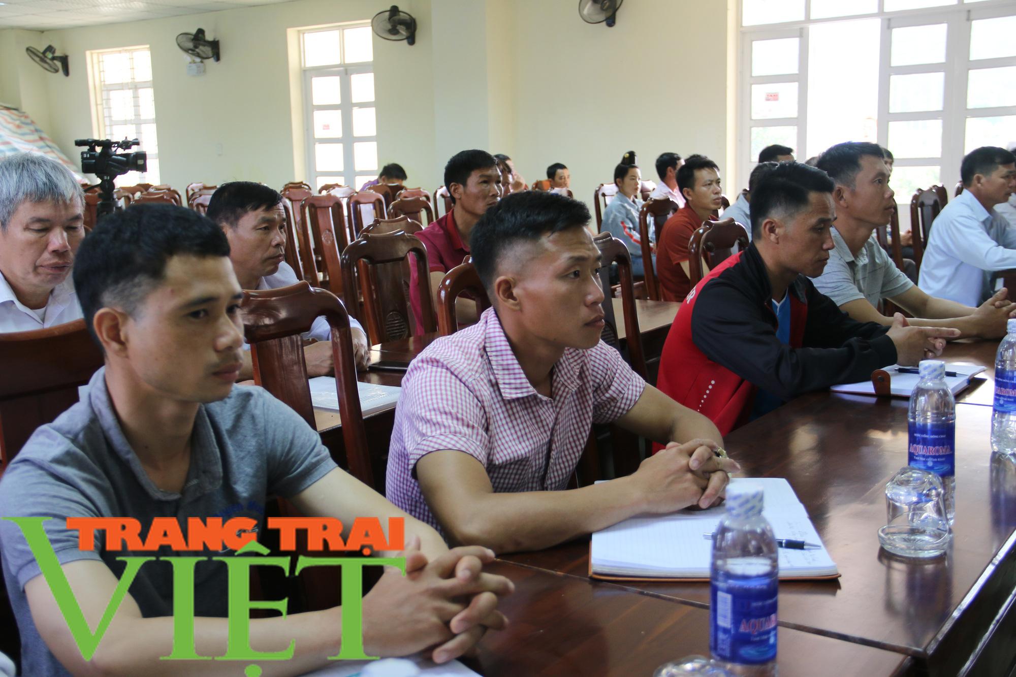 Hội Nông dân Sơn La: Tập huấn đào tạo nông dân thành Tập huấn viên - Ảnh 3.