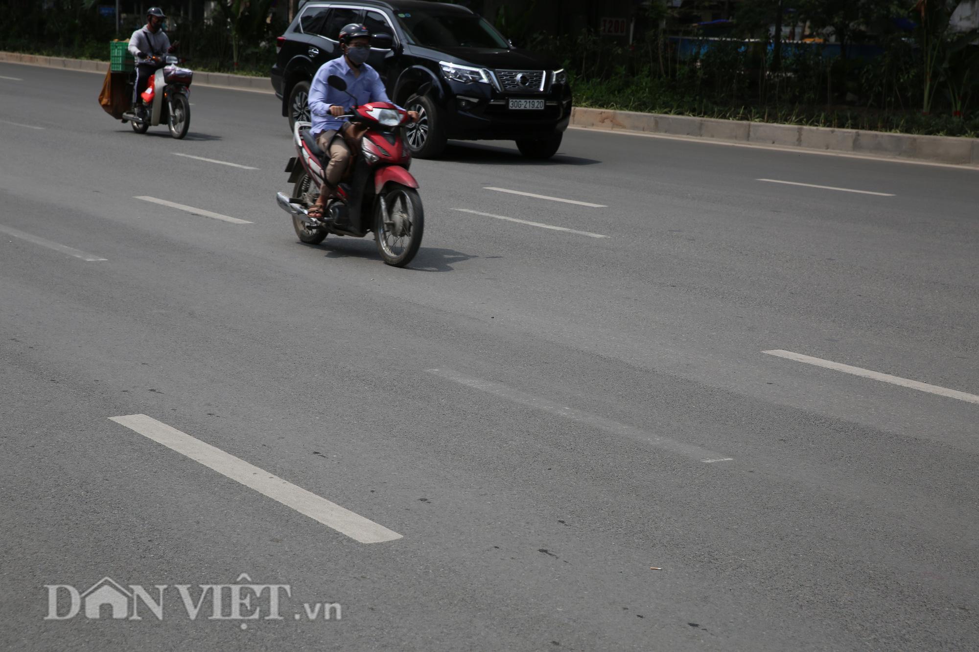 """Người dân lúng túng trước """"ma trận"""" vạch kẻ đường tại Hà Nội - Ảnh 3."""