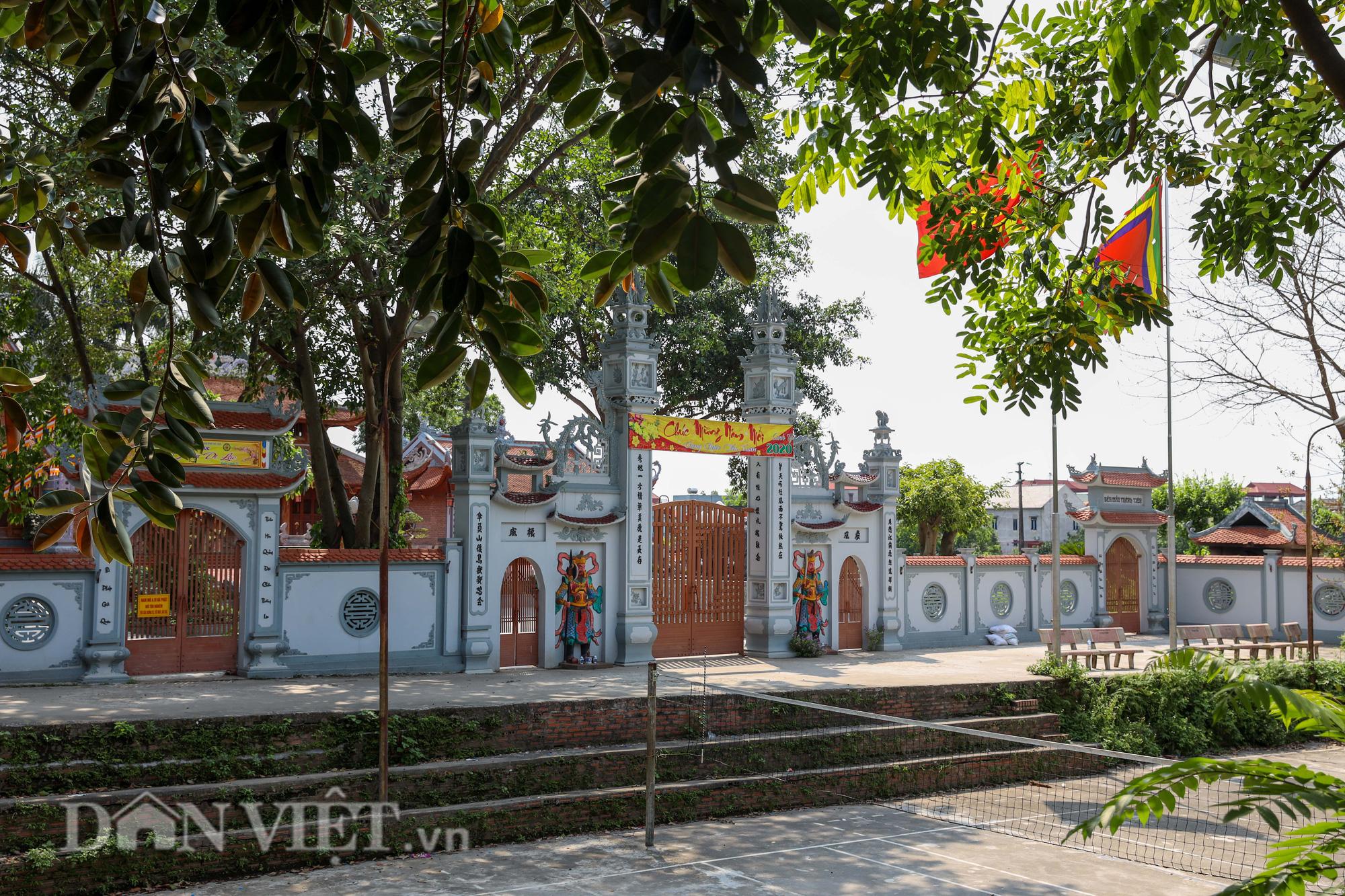 Đền Ba Voi ở Hà Nội bị đóng cửa vì sạt lở bờ sông - Ảnh 12.