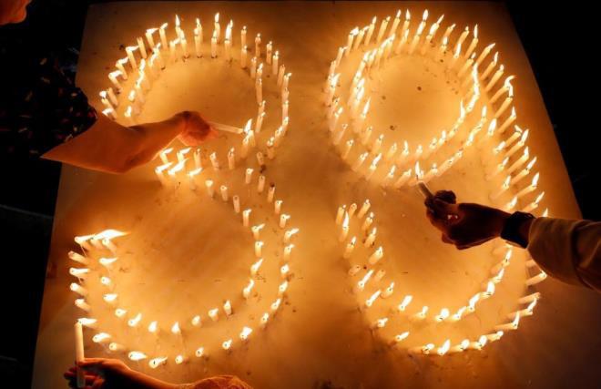39 người Việt chết trên container: Châu Âu bắt 26 kẻ buôn người - Ảnh 1.