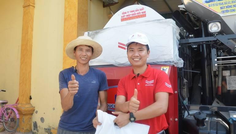 Xu hướng mua máy gặt mới để thu hoạch lúa vụ mùa đông – xuân của nông dân miền Bắc - Ảnh 2.