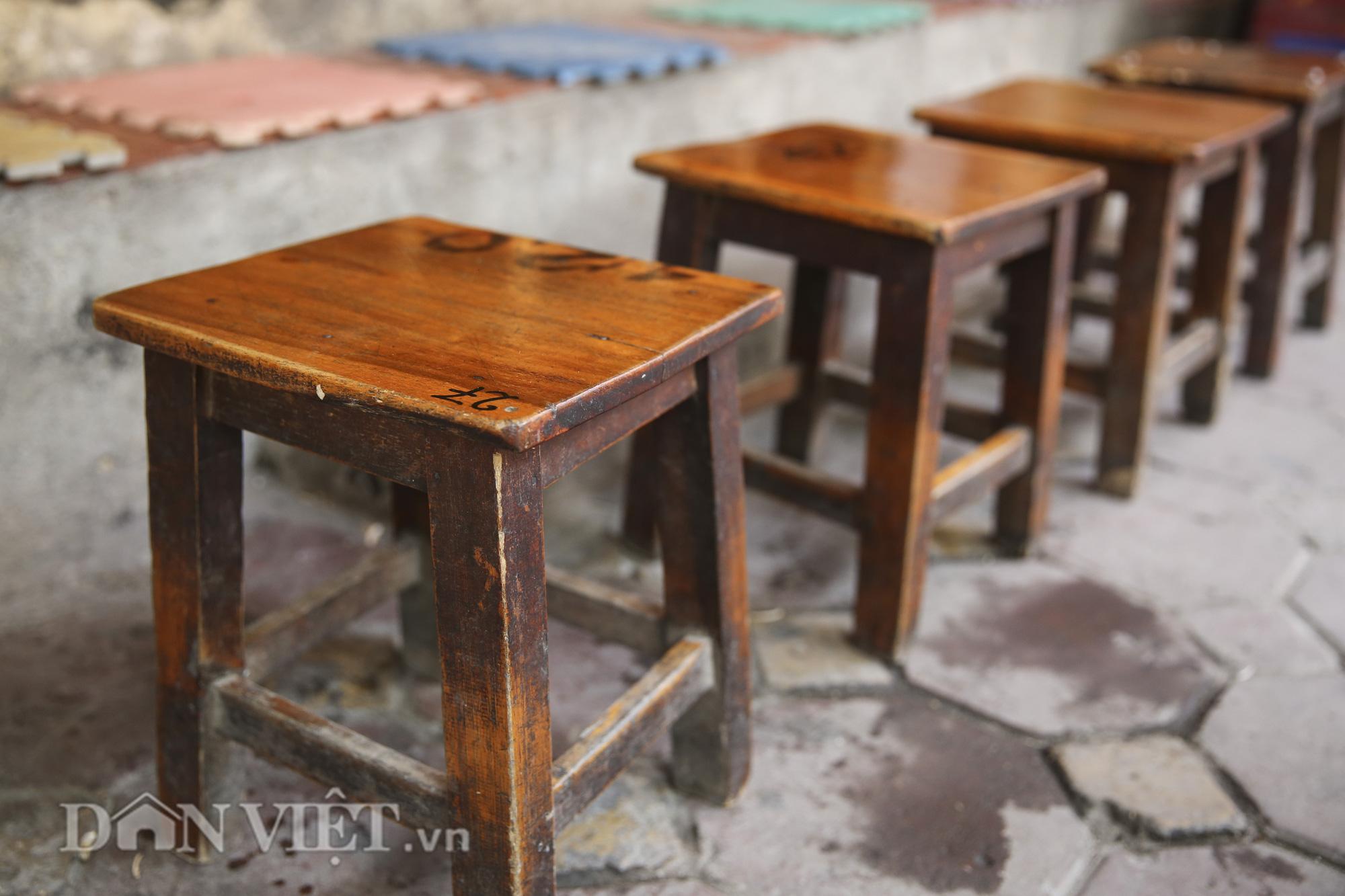 """Ngất ngây hương vị """"rang củi"""" tại quán cà phê lâu đời nhất Hà Nội - Ảnh 10."""
