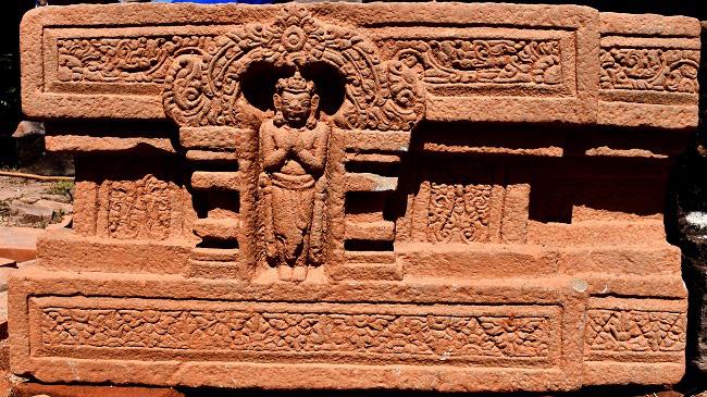Quảng Nam: Phát hiện đài thờ sa thạch Linga-Yoni lớn nhất Việt Nam tại Mỹ Sơn - Ảnh 1.