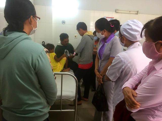 Vụ bố đánh đập dã man con gái 6 tuổi ở Sóc Trăng: Tình hình sức khỏe của cháu bé - Ảnh 1.