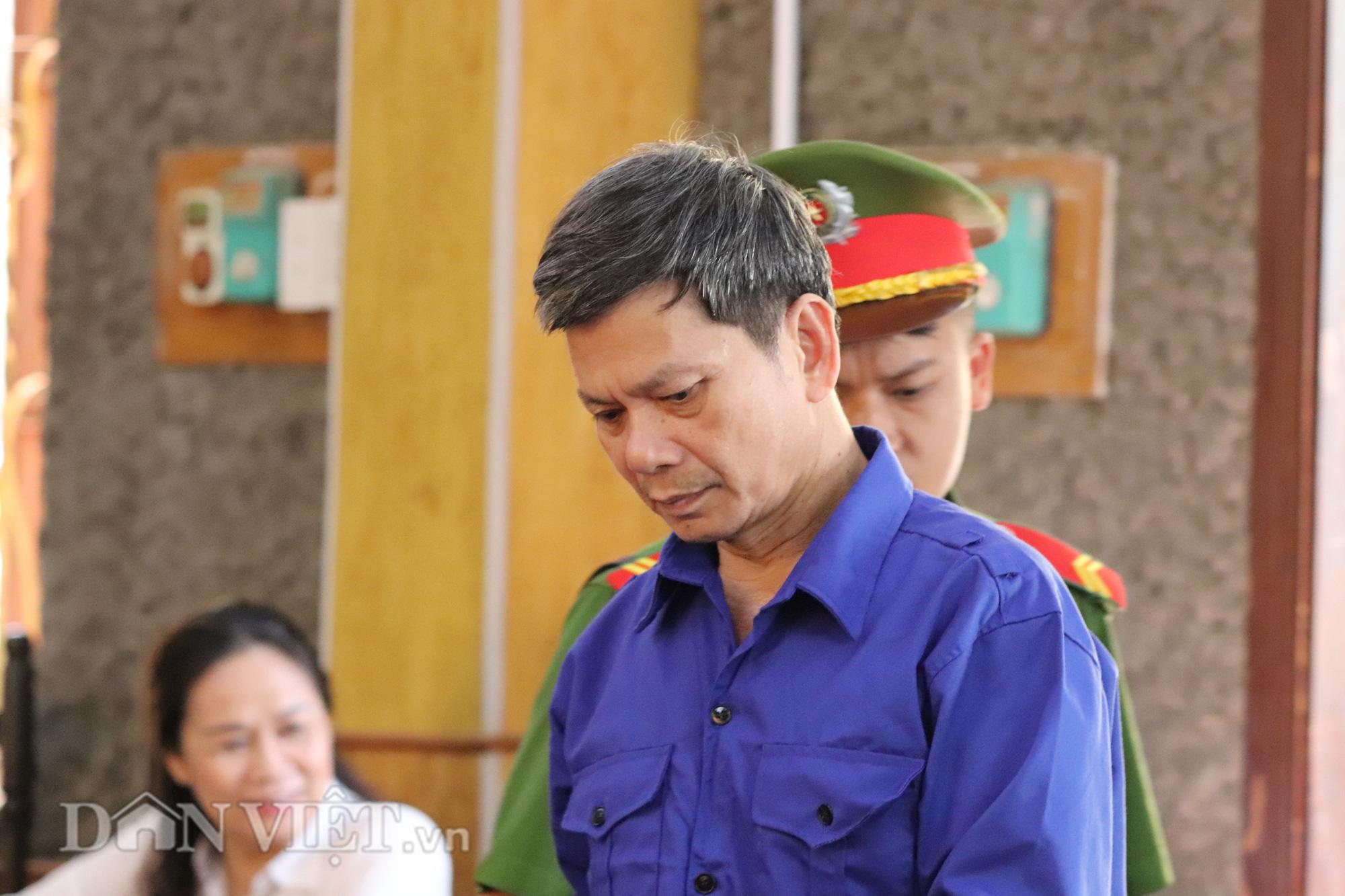 Cựu Trưởng phòng khảo thí bị xử phạt 21 năm tù - Ảnh 1.
