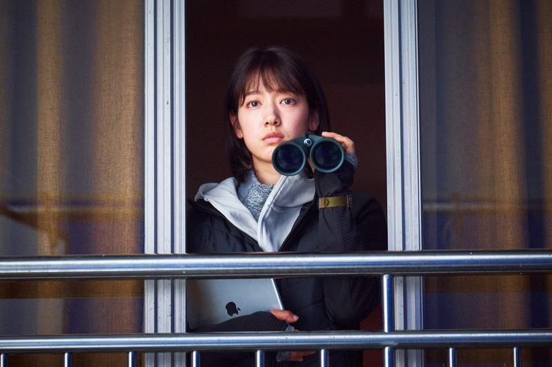 """Park Shin Hye và Yoo Ah In chiến đấu với zombie cực ngầu trong teaser kinh dị """"#ALIVE"""" - Ảnh 3."""
