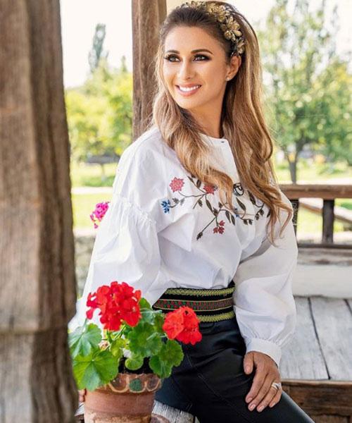 Anamaria Prodan là nhân vật quyền lực của bóng đá Romania.