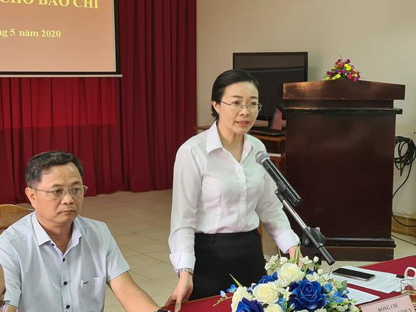 CẬP NHẬT: Bình Phước họp báo vụ ông Lương Hữu Phước nhảy lầu tử vong tại trụ sở TAND tỉnh - Ảnh 1.