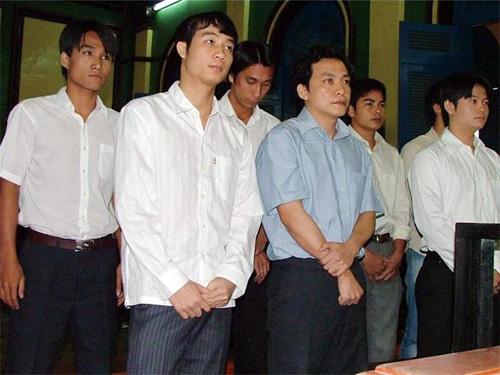 Ai là kẻ giật dây nhóm tuyển thủ U23 Việt Nam bán độ tại SEA Games 2005? - Ảnh 1.