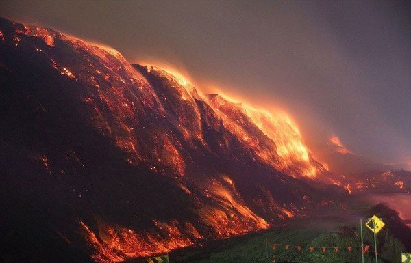 Bí ẩn về ngọn lửa ngầm cháy 5.500 năm không ngừng nghỉ - Ảnh 2.