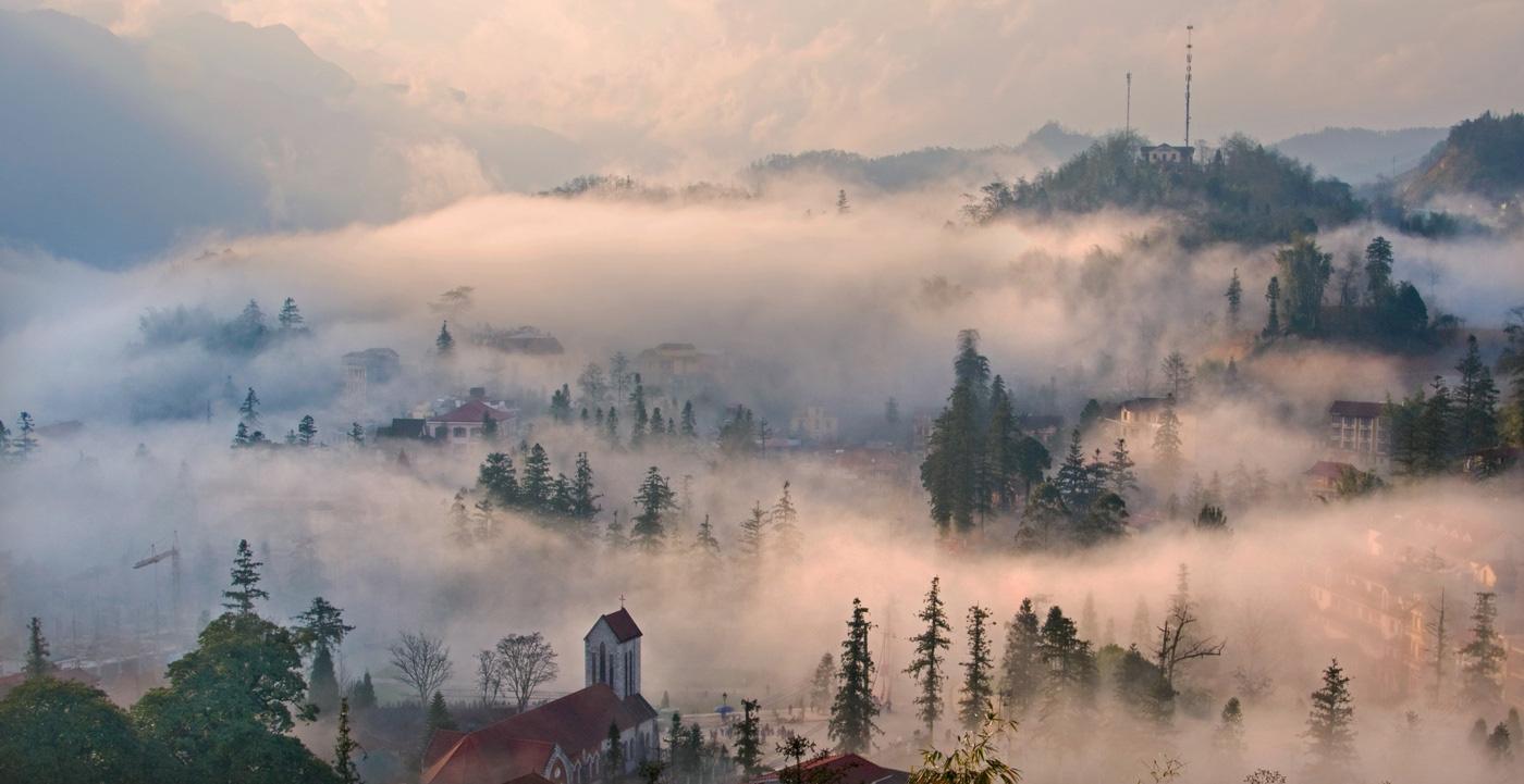 Sa Pa huyền ảo dưới làn mây trắng - Ảnh 2.