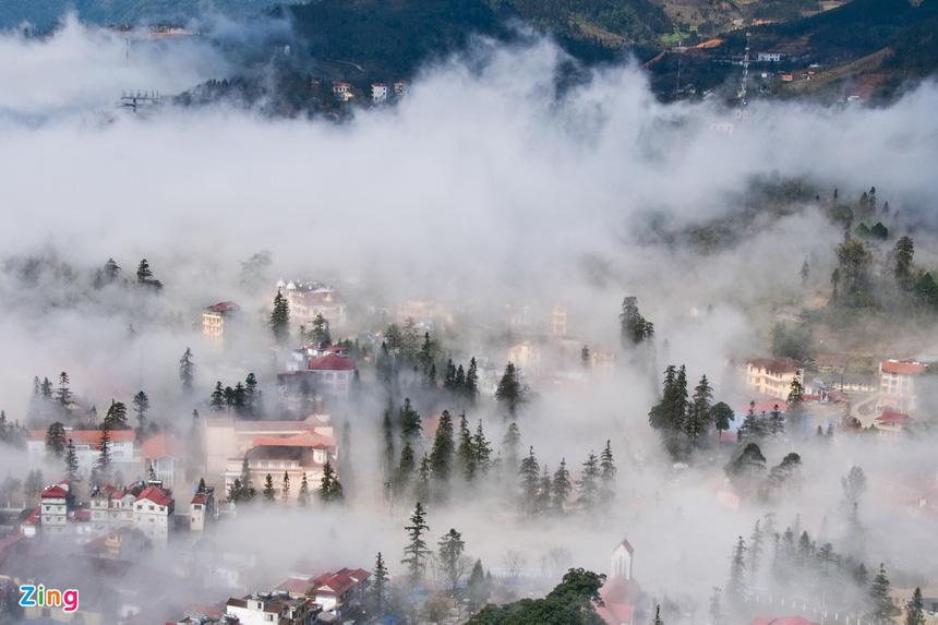 Sa Pa huyền ảo dưới làn mây trắng - Ảnh 7.