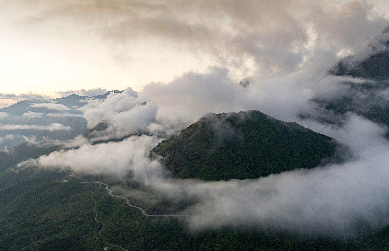 Sa Pa huyền ảo dưới làn mây trắng - Ảnh 8.
