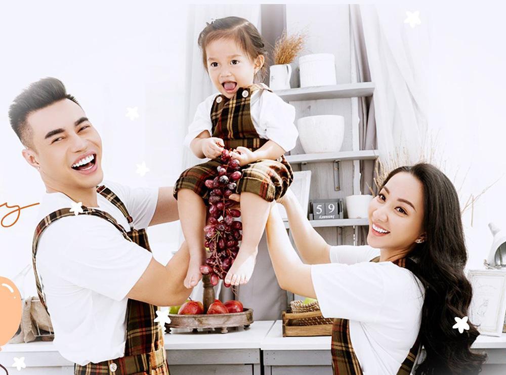 Lê Dương Bảo Lâm hối hận vì từng bỏ vợ một mình trong… ngày cưới - Ảnh 1.