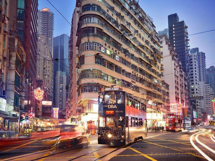 Nóng: Mỹ bắt đầu bán tháo tài sản ở Hồng Kông - Ảnh 1.