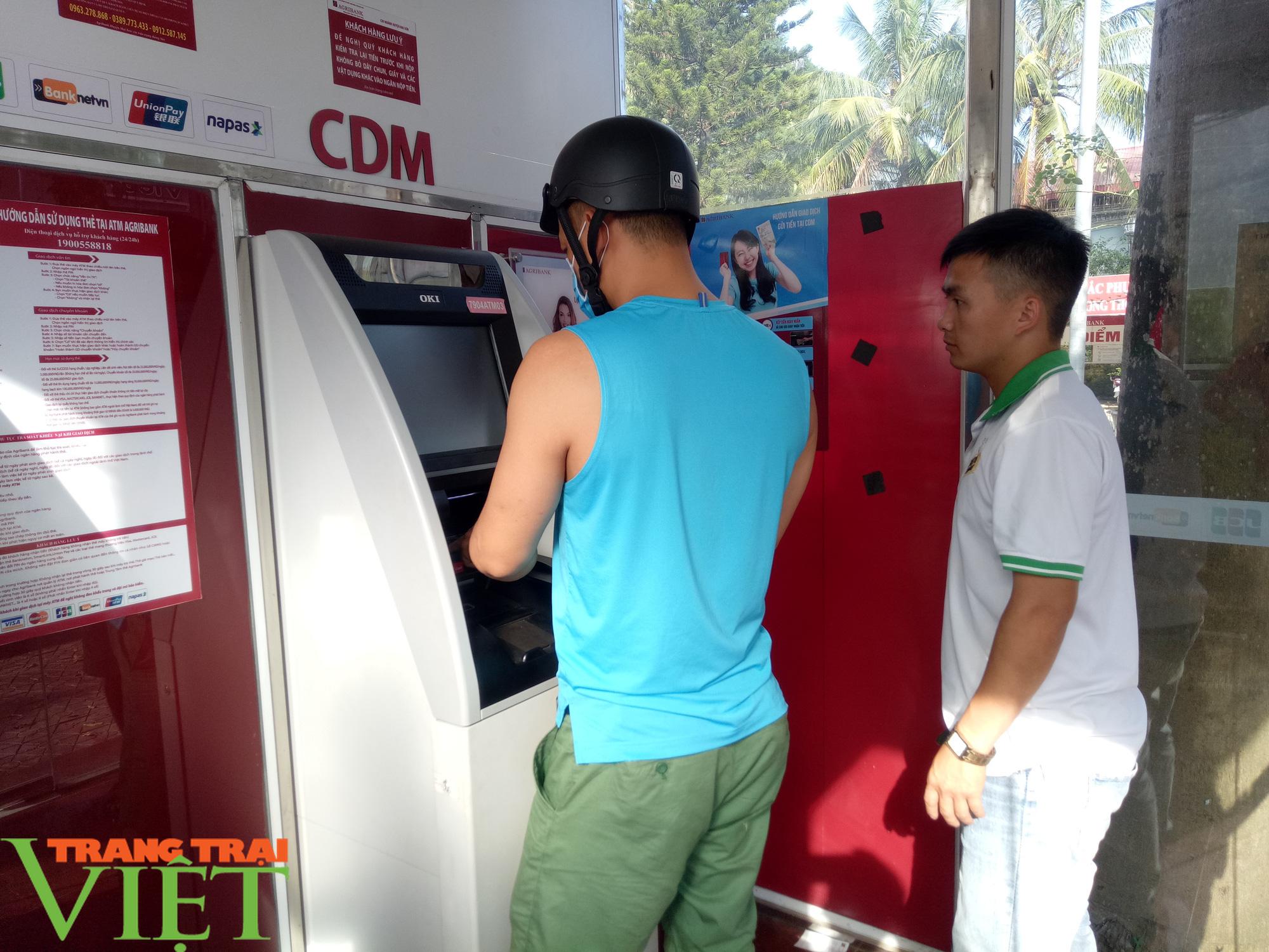 Những lợi ích vượt trội của máy CDM Agribank Mai Sơn - Ảnh 2.