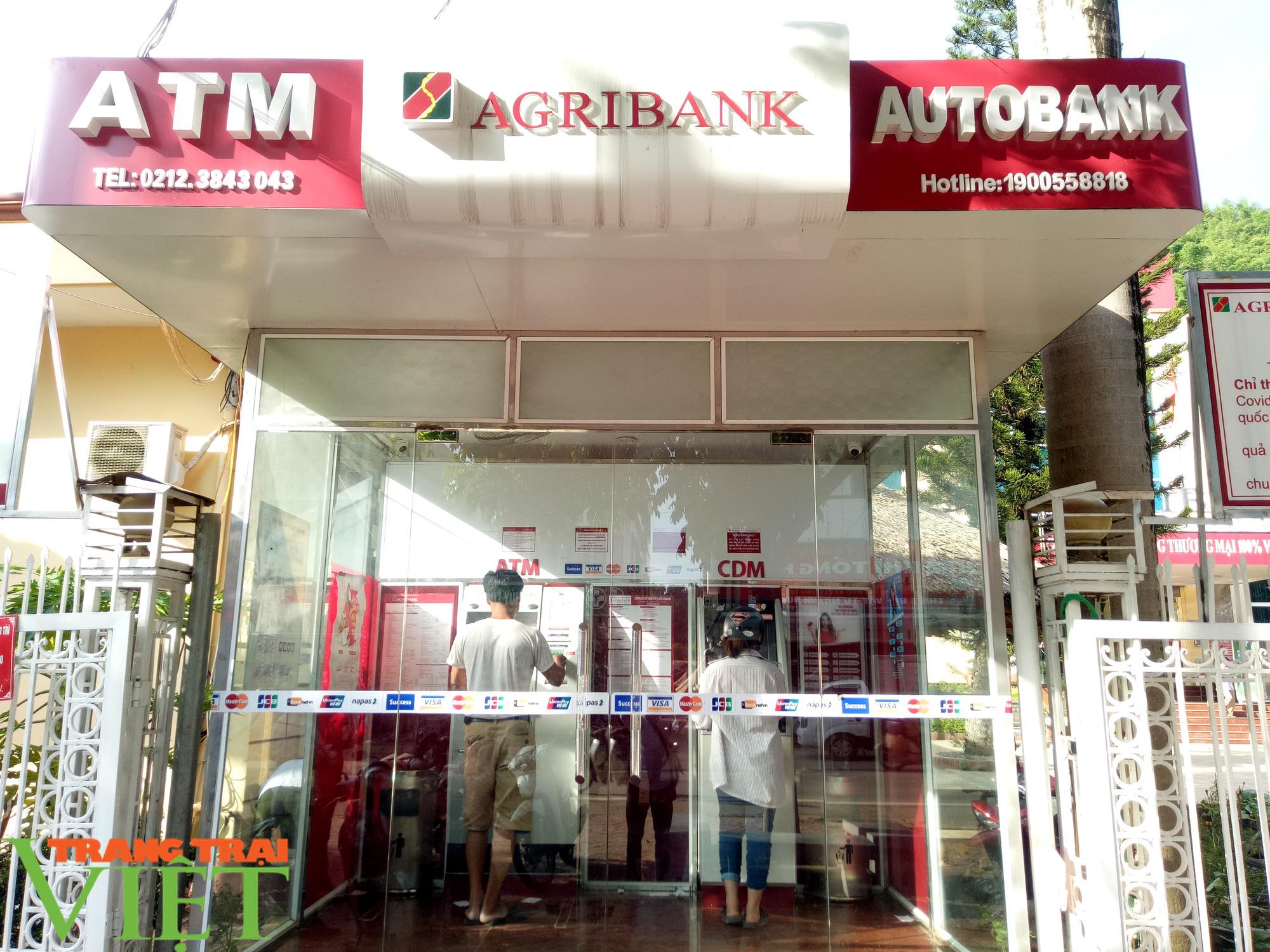 Những lợi ích vượt trội của máy CDM Agribank Mai Sơn - Ảnh 1.
