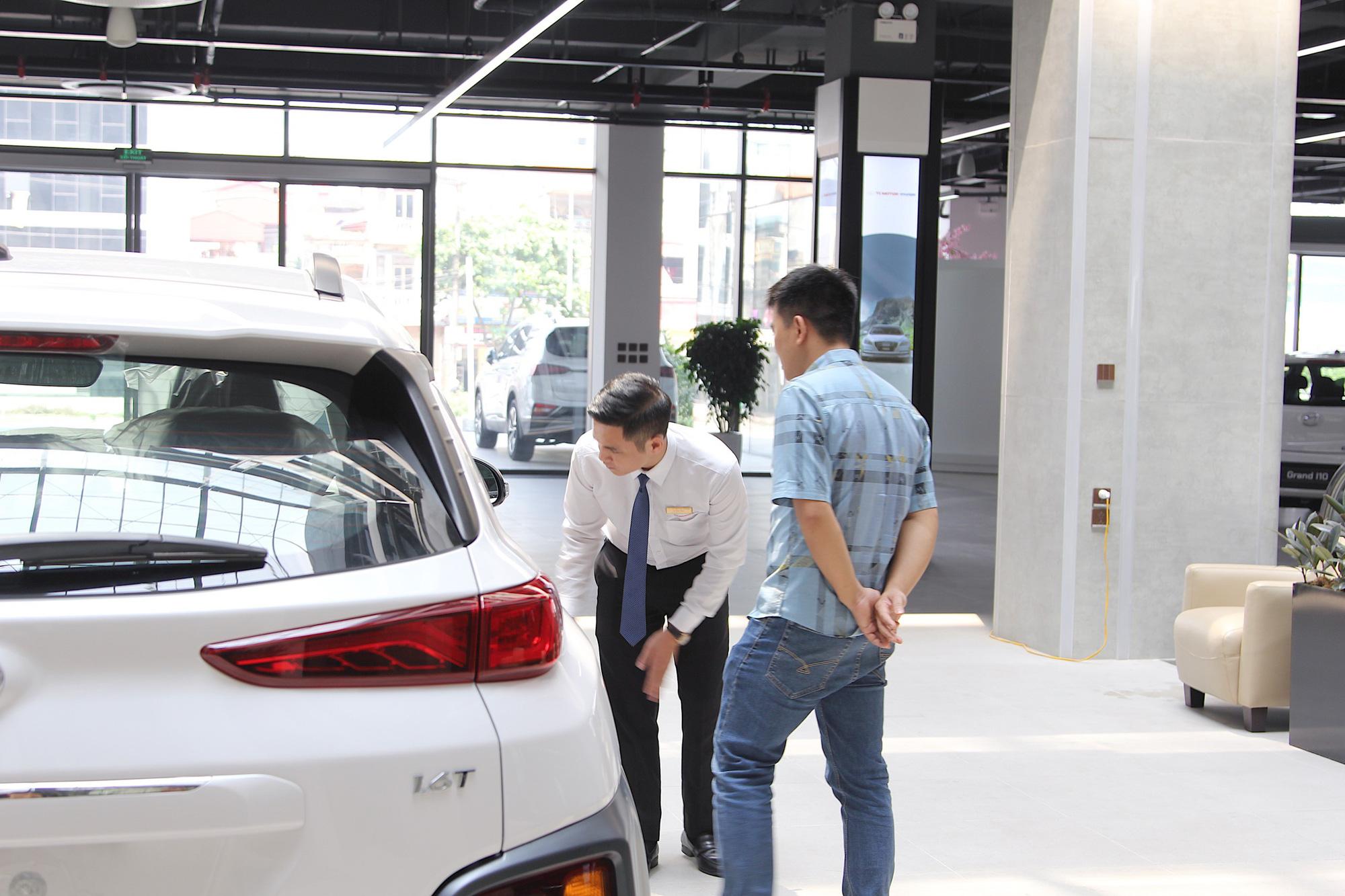 Chính phủ giảm hàng loạt thuế phí: Sắp được mua xe giá rẻ - Ảnh 1.