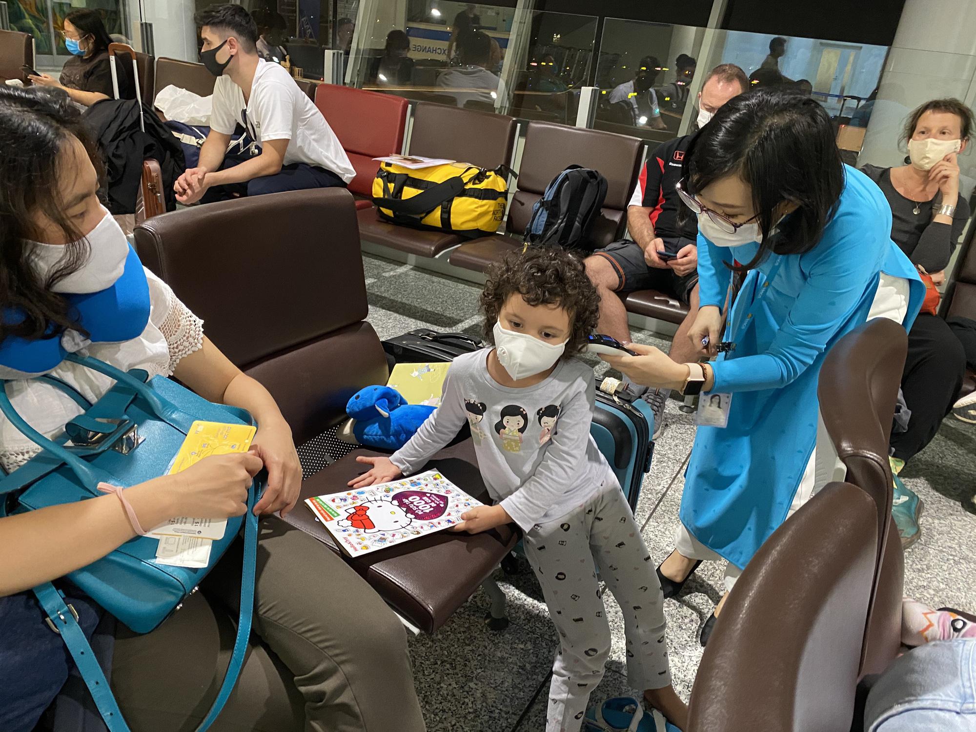 Đà Nẵng giãn cách xã hội hành khách mua vé máy bay được hỗ trợ ra sao? - Ảnh 2.