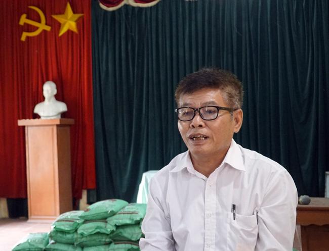 Bốn học sinh trao khẩu trang và lương thực tại Hưng Yên - Ảnh 2.