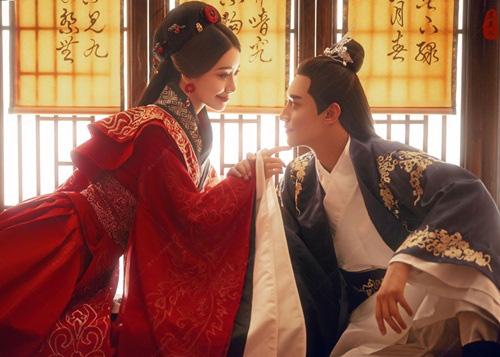 Vị hoàng đế hoang dâm vô độ, cuối cùng lại bị vợ cắm sừng - Ảnh 1.