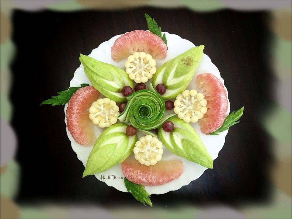 """Mê tít những đĩa hoa quả """"hoa lá cành"""" của nữ giảng viên Đại học - Ảnh 2."""