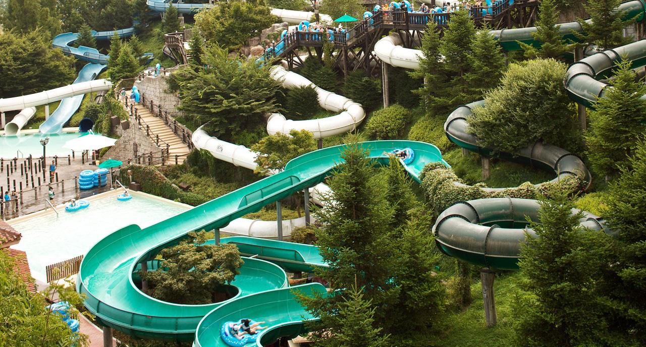 Công viên nước chuẩn quốc tế đầu tiên do Tập đoàn Samsung vận hành tại Phú Quốc - Ảnh 2.