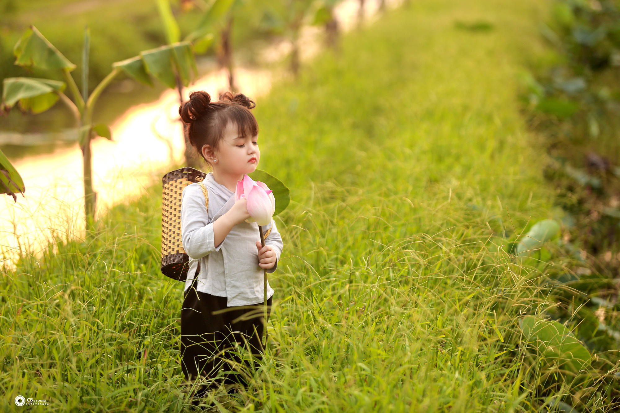 Nguyễn Ngọc An Nhiên: Cô bé triệu view của làng thời trang trẻ em - Ảnh 4.