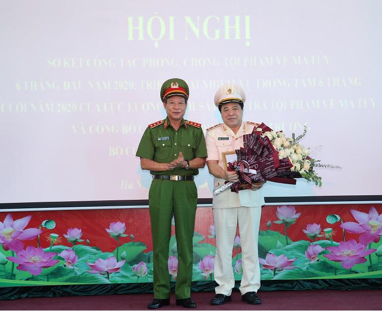 Phó Giám đốc Công an Hà Nội làm Cục trưởng Cục Cảnh sát điều tra tội phạm về ma túy, thay Tướng Phạm Văn Các - Ảnh 1.