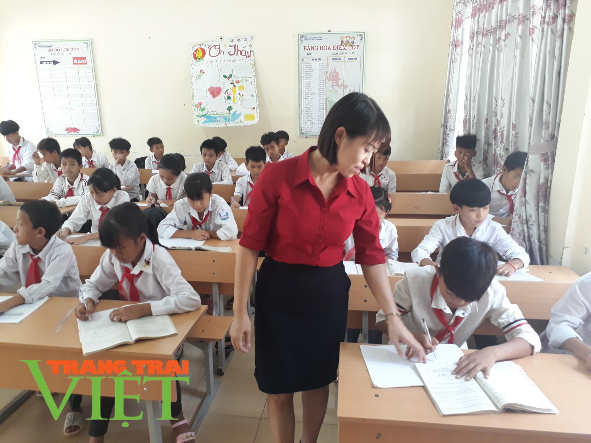 Nhiều giải pháp nâng cao chất lượng giáo dục ở Nậm Nhùn   - Ảnh 2.