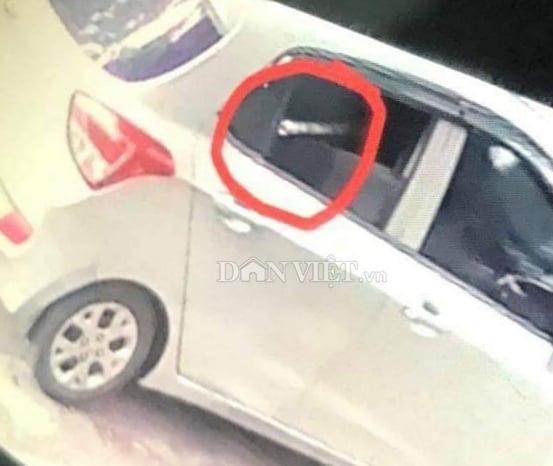Hải Phòng: Hình ảnh chiếc xe ô tô nghi chở sát thủ bắn người trên đường Phan Bội Châu - Ảnh 2.