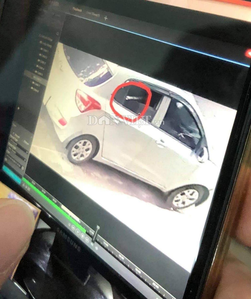 Hải Phòng: Hình ảnh chiếc xe ô tô nghi chở sát thủ bắn người trên đường Phan Bội Châu - Ảnh 1.