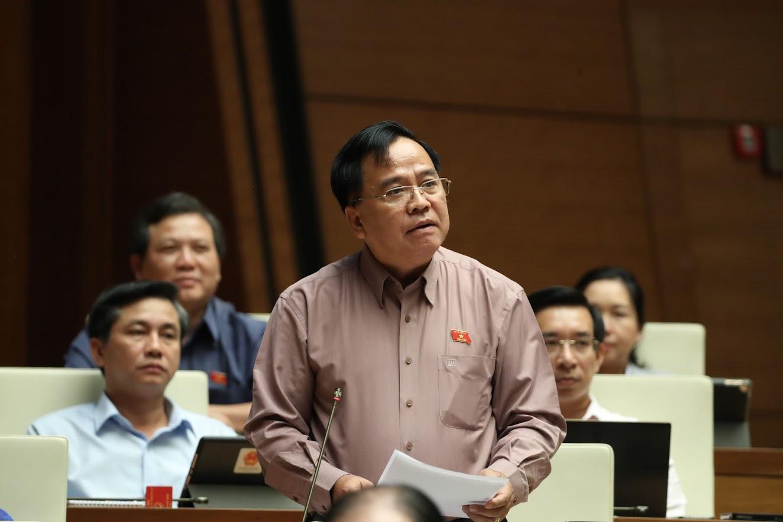 """Đại biểu Quốc hội đề nghị xem xét trách nhiệm """"xuất khẩu gạo lúc 0 giờ"""", Việt Nam lại trúng gói thầu mới - Ảnh 1."""