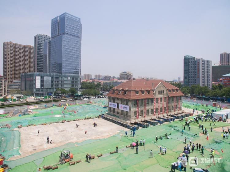 Chấn động toàn cảnh di chuyển tòa nhà 2600 tấn chỉ bằng xe lăn  - Ảnh 8.